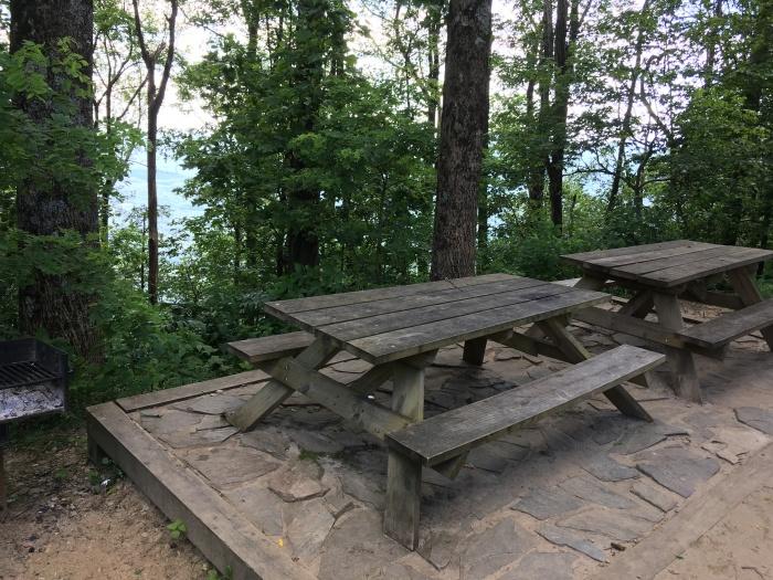 Caesars Head picnic area (1)